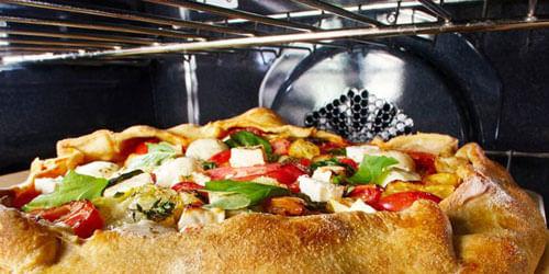 Horno KitchenAid KOSC504ESS eléctrico por convección con la que preparas desde carnes, pollos y pescados hasta panes, pizzas y tortas.